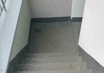 GERU Treppen Beschichtung Fluessigkunststoff